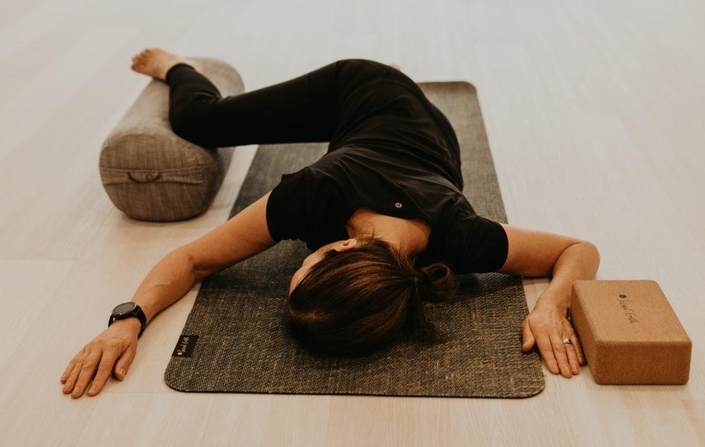 haven yoga barre pilates yin buderim studio class meditation savasana mat